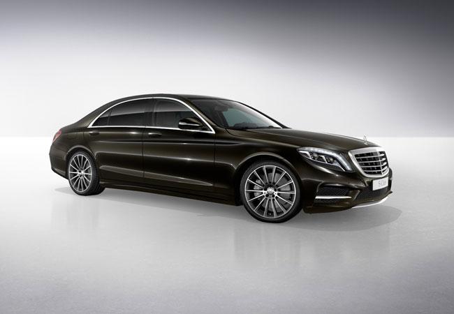 Luxautica transportation for Mercedes benz fleet